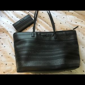 Large Kate Spade purse and matching wallet